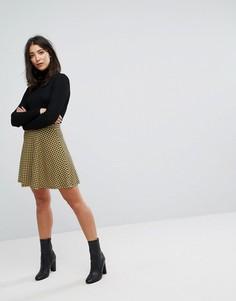 Короткая расклешенная юбка с принтом гусиная лапка ASOS - Мульти