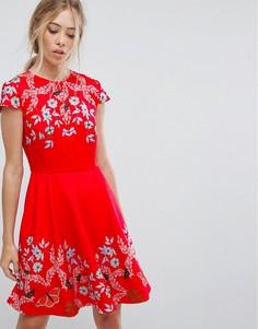 Короткое приталенное платье с короткими рукавами Ted Baker - Красный