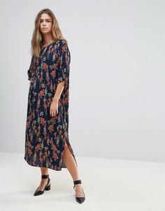 Платье с цветочным принтом Just Female Tia - Темно-синий
