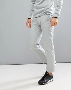 Светло-серые брюки классического кроя Oakley Golf Take - Серый