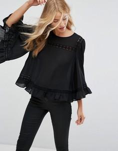 Топ с рукавами клеш и кружевной вставкой New Look - Черный