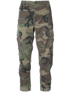 укороченные брюки с камуфляжным принтом Re/Done