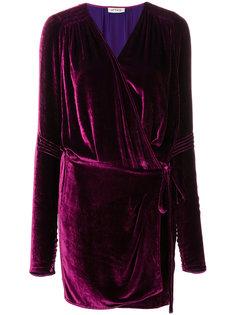 платье с длинными рукавами и запахом  Attico