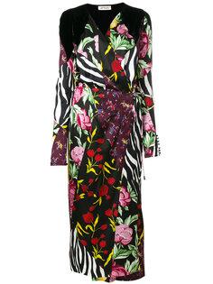 платье с запахом и цветочным принтом  Attico