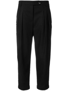 брюки с защипами YMC