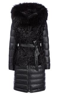 Зимнее кожаное пальто с отделкой мехом енота и козлика La Reine Blanche