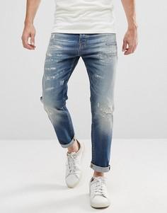 Суженные книзу рваные джинсы с заплатами Selected Homme - Синий