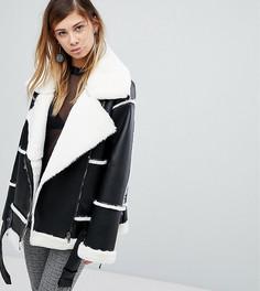 Байкерская куртка из искусственной кожи и меха Monki - Черный