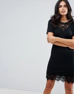 Платье мини с кружевной кокеткой Y.A.S Cigaro - Черный