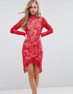 Кружевное облегающее платье с асимметричным краем Girl In Mind Francis - Красный