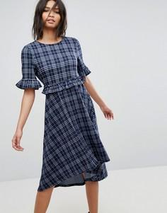 Платье миди в клетку с асимметричным подолом Vero Moda - Синий