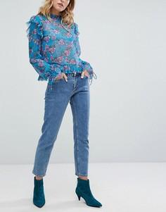 Прямые укороченные джинсы Monki - Синий