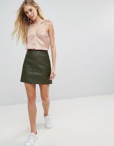 Мини-юбка из искусственной кожи New Look - Зеленый