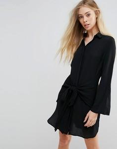 Платье-рубашка на завязке спереди New Look - Черный