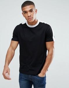 Черная футболка с контрастным вырезом и полосками New Look - Черный