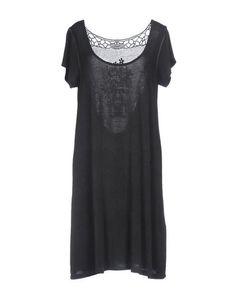 Короткое платье Axel
