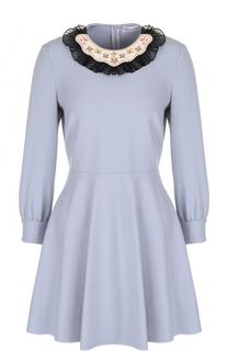 Приталенное мини-платье с декорированным вырезом REDVALENTINO