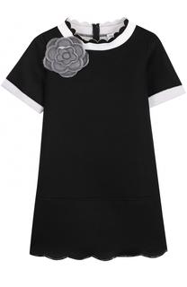 Мини-платье джерси с фигурной отделкой и брошью Simonetta