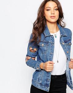 Джинсовая куртка с вышитыми цветами и бабочками Glamorous Tall - Синий