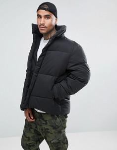 Свободная дутая куртка черного цвета ASOS - Черный