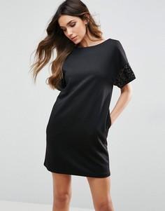 Цельнокройное платье с декоративной отделкой и короткими рукавами Traffic People - Черный