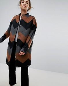 Пальто без воротника с зигзагообразным узором B.Young - Мульти