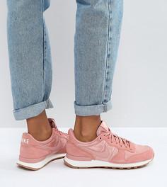 Розовые замшевые кроссовки Nike Internationlist - Красный