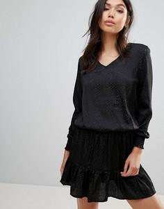 Жаккардовое платье с баской по краю b.Young - Черный