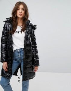 Стеганое пальто с искусственным мехом на капюшоне Boohoo - Черный