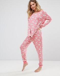 Пижама из топа и штанов с принтом новогоднего печенья Chelsea Peers - Розовый