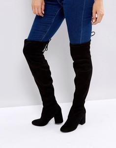 Бархатные ботфорты на каблуке с завязкой сзади New Look - Черный
