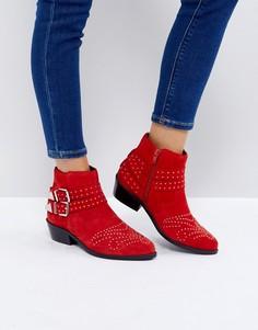 Замшевые ботинки с заклепками ASOS ASHDEN - Красный