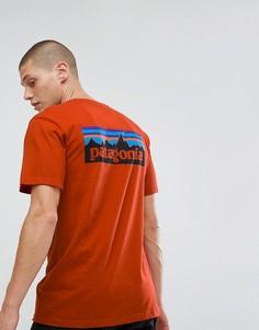 Красная футболка с принтом на спине Patagonia - Красный