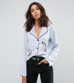 Рубашка в пижамном стиле с контрастной окантовкой и цветочной вышивкой Glamorous Tall - Синий