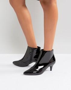 Ботильоны на каблуке-рюмочка Miss Selfridge - Черный