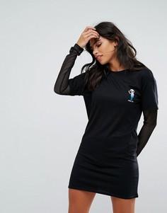 Платье-футболка с сетчатыми рукавами и принтом пришельца Heartbreak - Черный