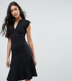 Трапециевидное платье с V-образным вырезом Y.A.S Tall Cisley - Черный