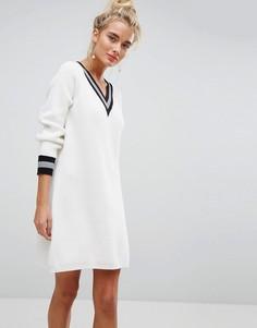 Свободное платье с V-образным вырезом Willow and Paige - Белый