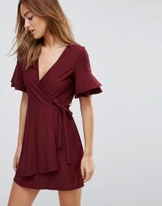 Платье мини с запахом и рукавами клеш ASOS - Красный