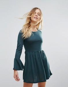 Трикотажное платье с рукавами клеш Brave Soul - Зеленый