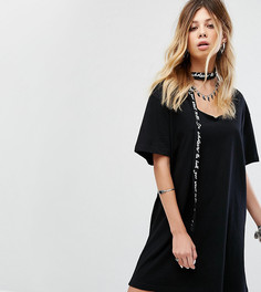 Свободное платье-футболка с чокером Sacred Hawk - Черный