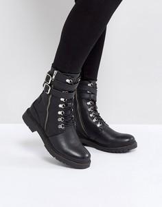 Ботинки в стиле милитари на шнуровке Selected - Черный