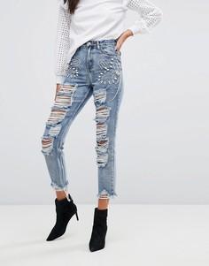 Рваные джинсы бойфренда с отделкой камнями Glamorous - Синий