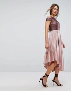 Бархатное платье с плиссированной юбкой Coast Delores - Розовый