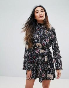 Платье с цветочным принтом и высоким воротом Parisian - Черный