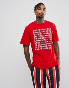 Красная футболка с принтом Repeat Granted - Красный