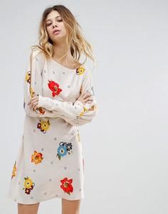 Платье с принтом Free People - Кремовый