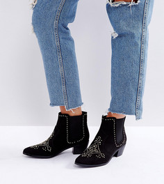 Ковбойские ботинки с заклепками для широкой стопы New Look - Черный