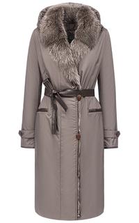 Утепленное пальто с отделкой мехом енота Laura Bianca
