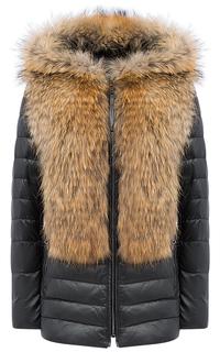 Зимняя кожаная куртка с отделкой мехом енота La Reine Blanche